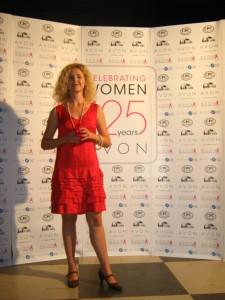 Monica-Gheorghiu-Gala-Avon-125-femei-pentru-schimbare